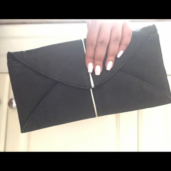 Aldo Handbags - Aldo Clutch with Chain - Black and gold